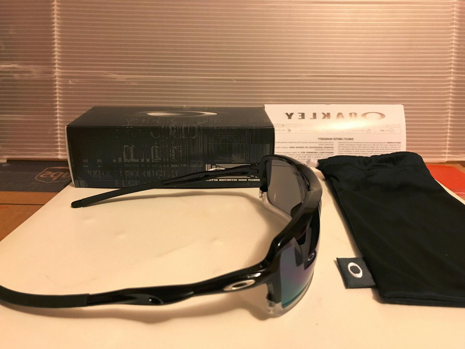 NEW Oakley - - Sunglasses, Polished / Jade