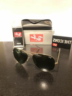 Ray-Ban aviator sunglasses for men, women classic green / go